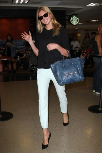 Kate Upton carries a Celine Crocodile Luggage Tote in NYC (1)