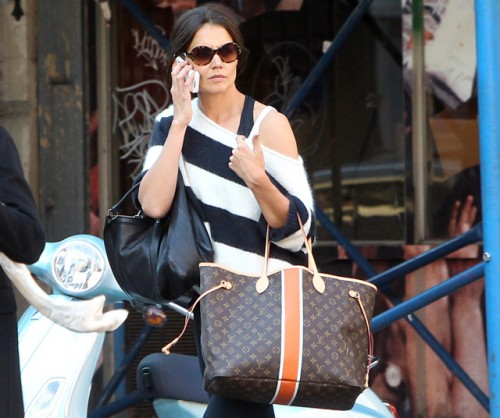 Kate Holmes carries a Louis Vuitton Mon Monogram Neverfull Tote in NYC (5)