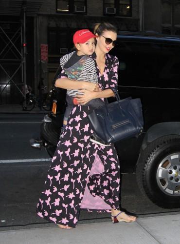 Miranda Kerr carries a blue Celine Luggage Tote in NYC (1)