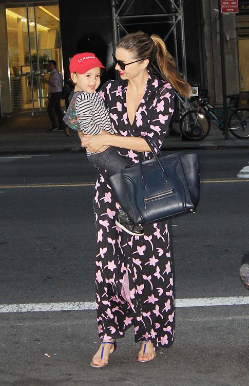 Miranda Kerr carries a blue Celine Luggage Tote in NYC (4)