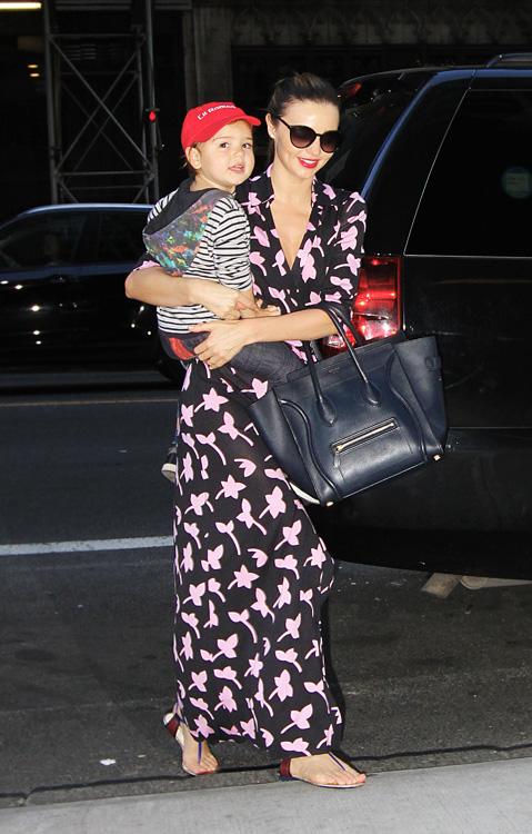 Miranda Kerr carries a blue Celine Luggage Tote in NYC (3)