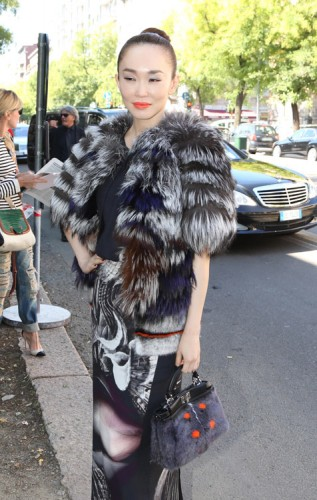 The Many Bags of Celebs at Milan Fashion Week (5)