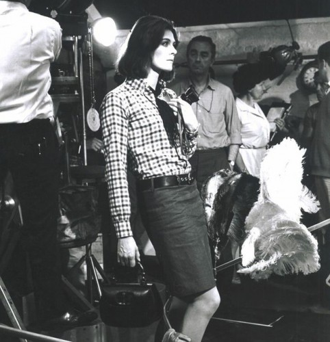 Vanessa Redgrave with a Gucci Bamboo Bag 1