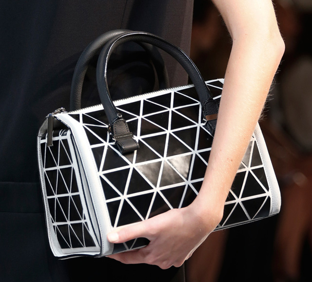 Victoria Beckham Spring 2014 Handbags (8)
