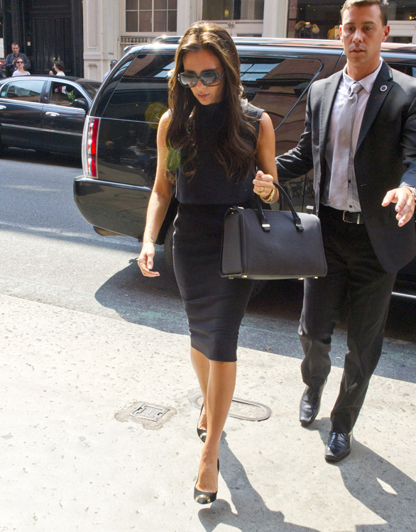 Victoria Beckham shops at J Crew in SoHo NYC