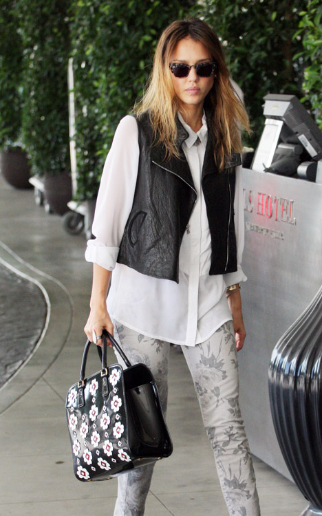 The Many Bags of Jessica Alba, Part Two (12)