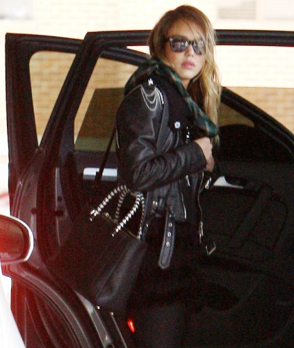 The Many Bags of Jessica Alba, Part Two (14)