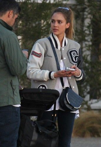 The Many Bags of Jessica Alba, Part Two (18)