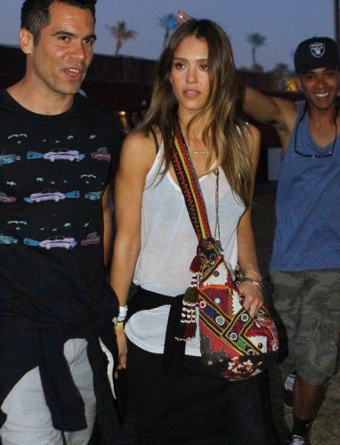 The Many Bags of Jessica Alba, Part Two (30)