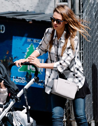 The Many Bags of Jessica Alba, Part Two (28)
