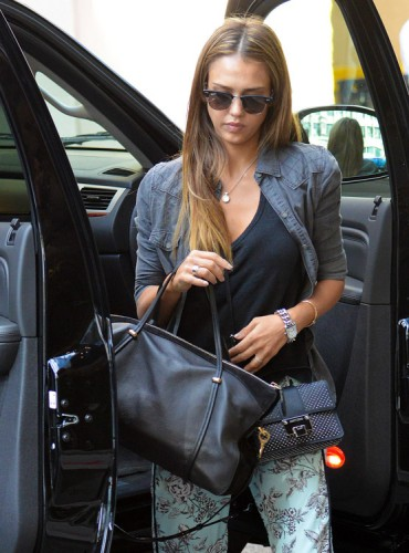 The Many Bags of Jessica Alba, Part Two (39)
