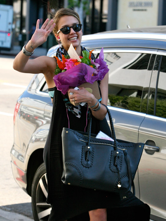The Many Bags of Jessica Alba, Part Two (6)