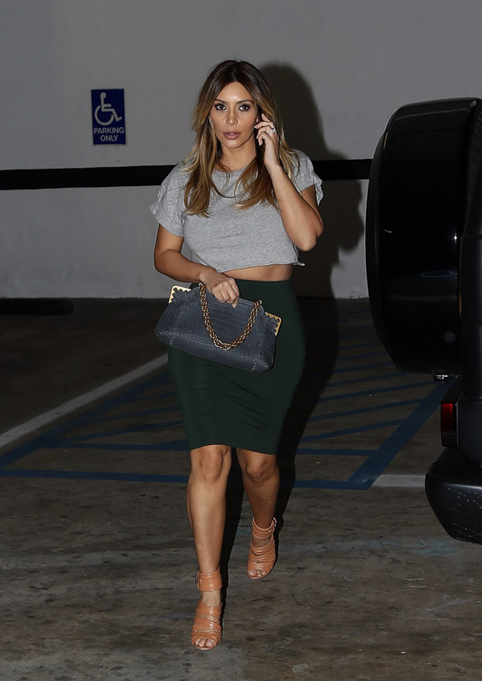 Kim Kardashian Bottega Veneta Crocodile Shoulder Bag-1