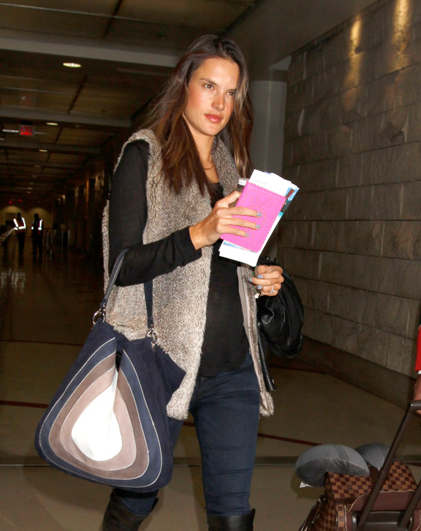 The Many Bags of Alessandra Ambrosio-9