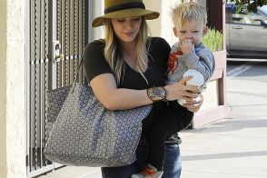 Hilary Duff Uses Goyard as a Baby Bag