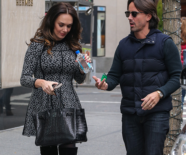 Tamara Ecclestone carries an Hermes So Black Alligator Birkin Bag (5)
