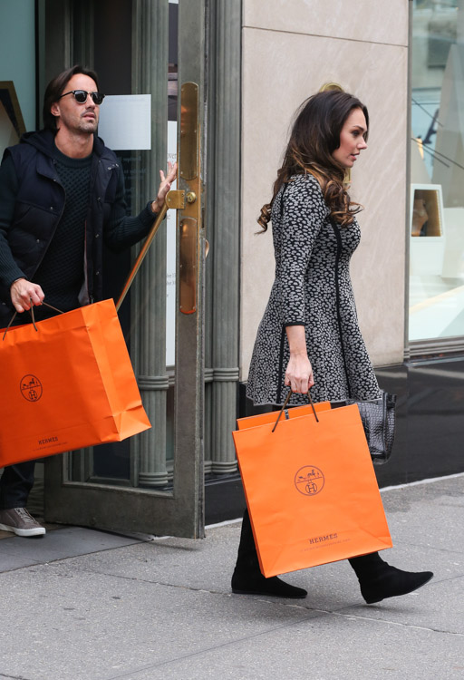 Tamara Ecclestone carries an Hermes So Black Alligator Birkin Bag (2) 6749d89a963ec