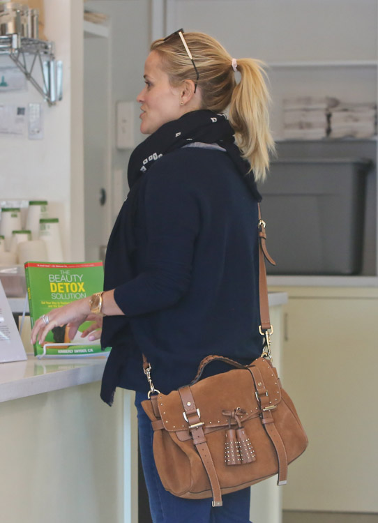 The Many Bags of Reese Witherspoon, Part Two (4)