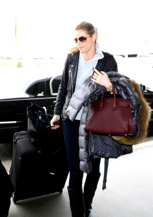 Erin Andrews Celine Luggage Tote Saint Laurent Sac de Hour Bag-3