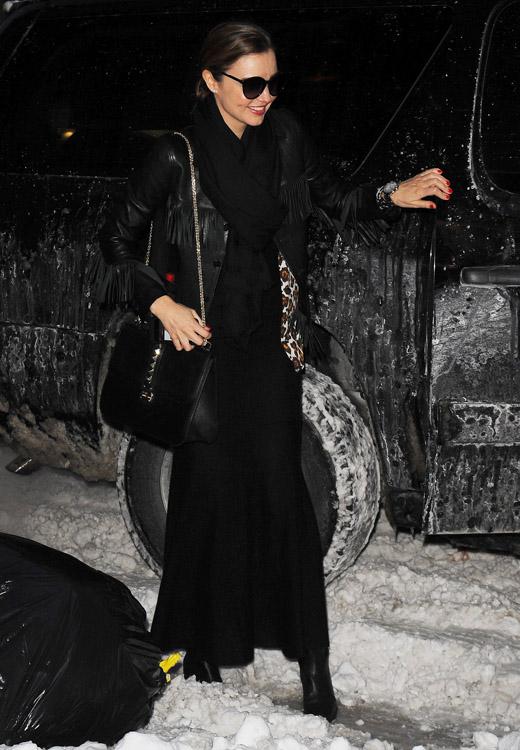 Miranda Kerr Valentino Lock Shoulder Bag-1