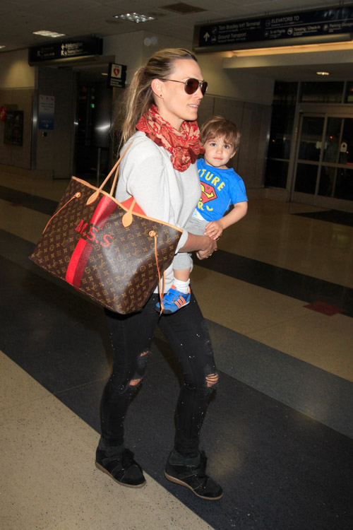 Molly Sims Louis Vuitton Mon Monogram Neverfull Tote-4