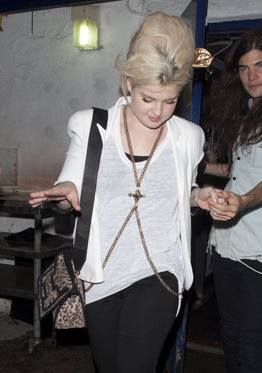 The Many Bags of Kelly Osbourne 19