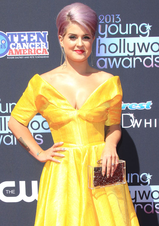 The Many Bags of Kelly Osbourne 5