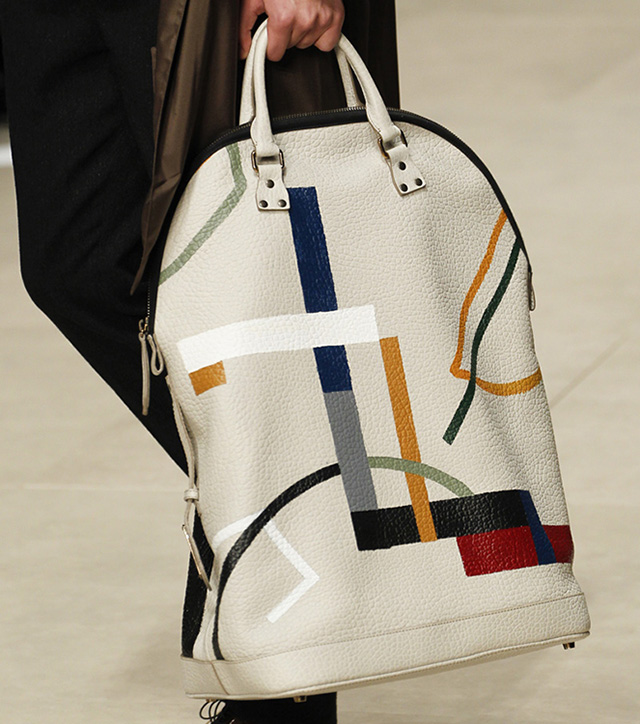 Burberry Fall 2014 Runway Bags 17