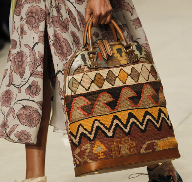 Burberry Fall 2014 Runway Bags 18