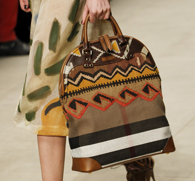 Burberry Fall 2014 Runway Bags 19