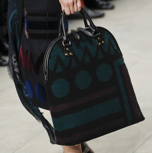 Burberry Fall 2014 Runway Bags 21
