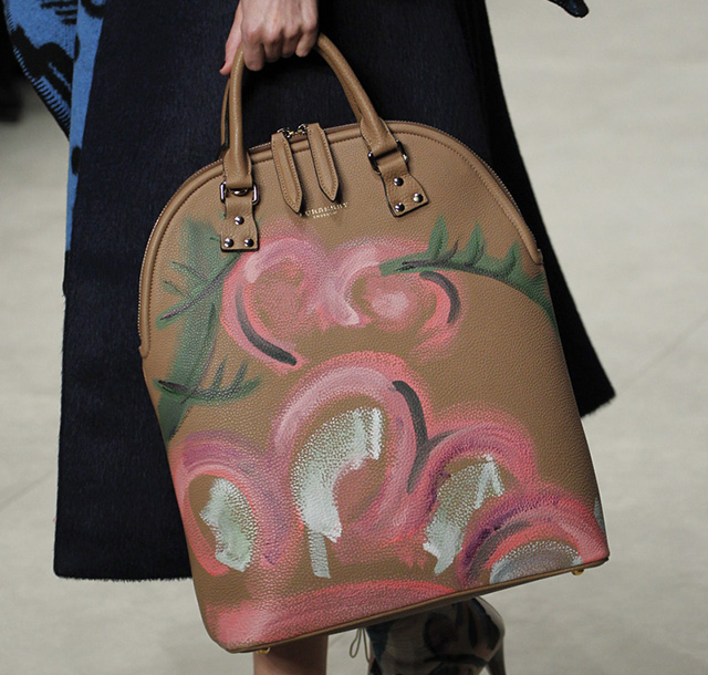 Burberry Fall 2014 Runway Bags 33