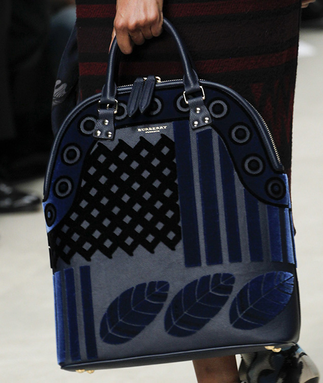 Burberry Fall 2014 Runway Bags 35