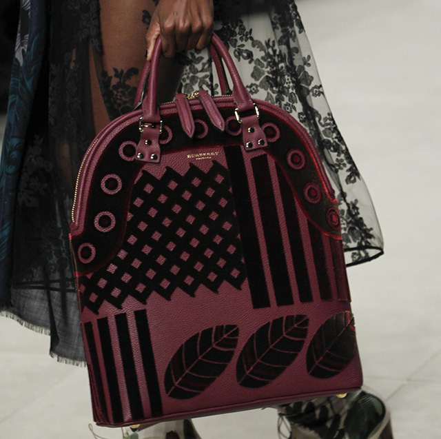 Burberry Fall 2014 Runway Bags 36