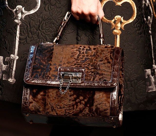 Dolce and Gabbana Fall 2014 Handbags 17