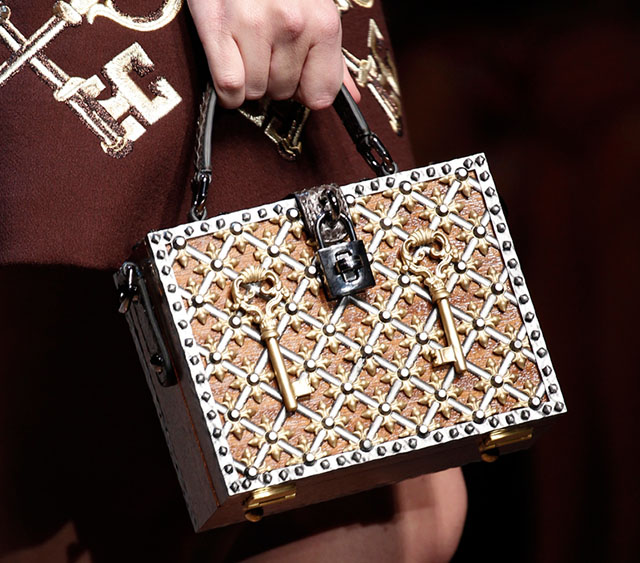 Dolce and Gabbana Fall 2014 Handbags 23