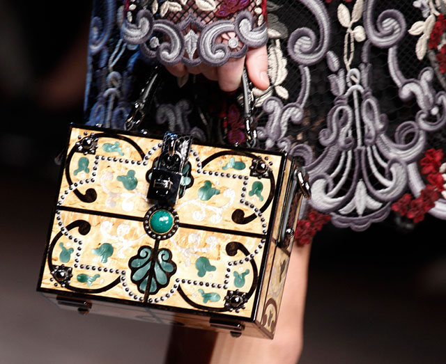 Dolce and Gabbana Fall 2014 Handbags 25