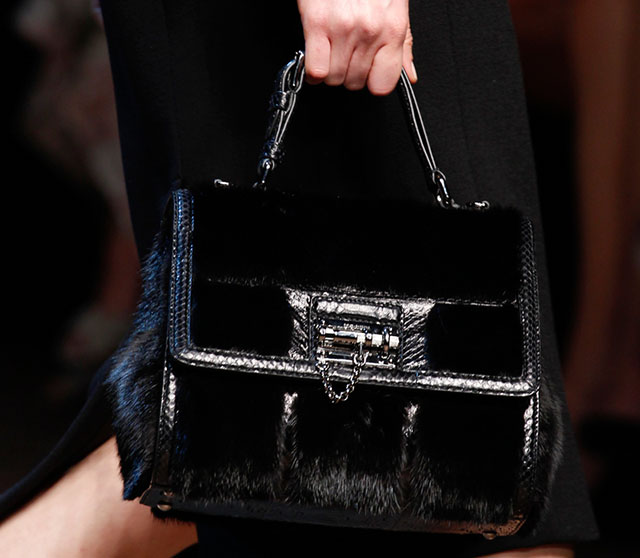 Dolce and Gabbana Fall 2014 Handbags 26