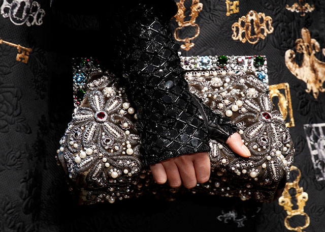 Dolce and Gabbana Fall 2014 Handbags 30