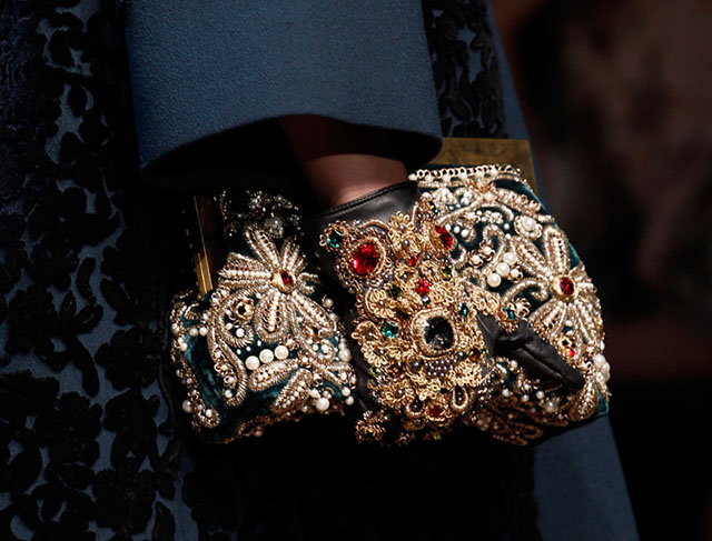 Dolce and Gabbana Fall 2014 Handbags 32