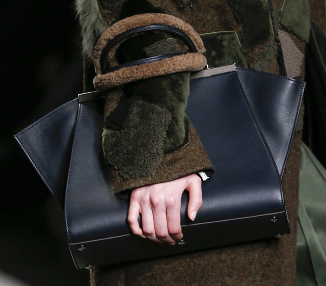 Fendi Fall 2014 Handbags 23