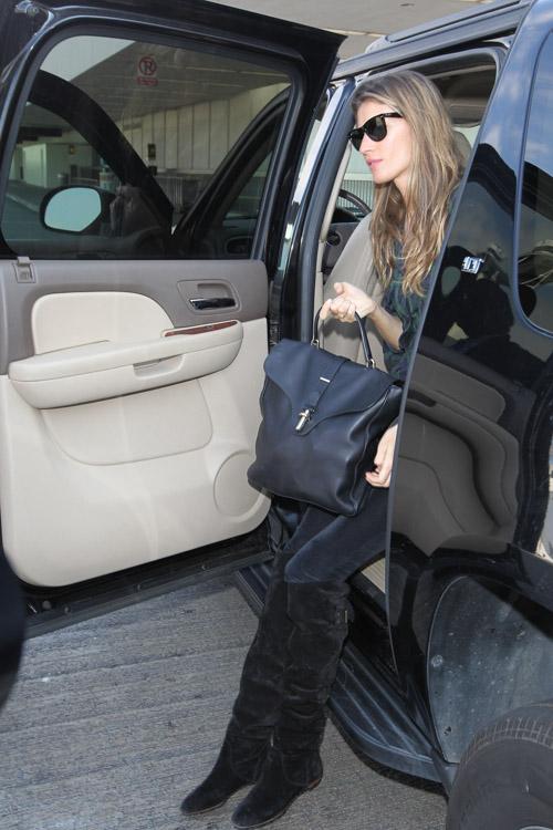 b34d1d5339 Gisele Bundchen Balenciaga Tube Shoulder Bag-1 - PurseBlog