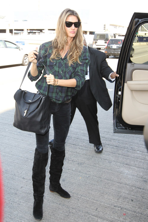 Gisele Bundchen Balenciaga Tube Shoulder Bag-3