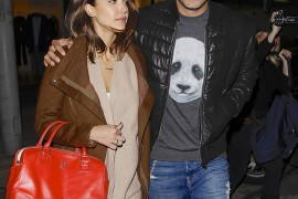 Jessica Alba Goes to Dinner with Tory Burch on Her Arm