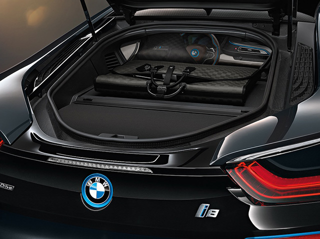 Louis Vuitton x BMW i8 Carbon Fiber Luggage 5