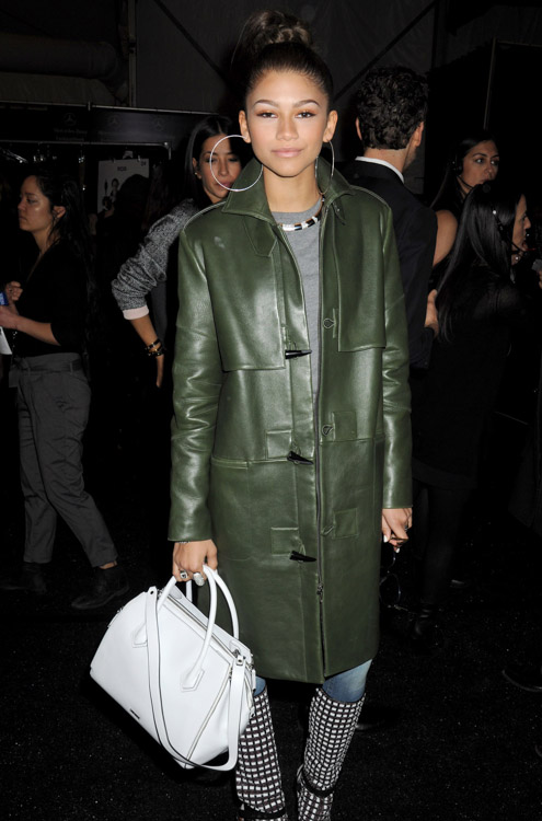 New York Fashion Week Fall 2014 Celebrity Handbags-16