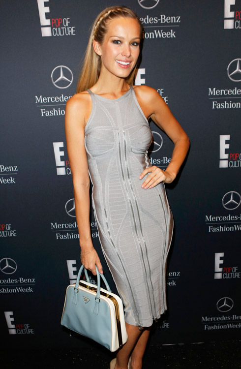 New York Fashion Week Fall 2014 Celebrity Handbags-21