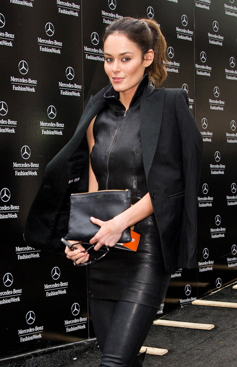 New York Fashion Week Fall 2014 Celebrity Handbags-26