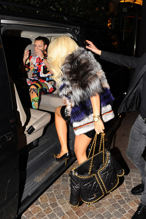 Rita Ora Moschino Quilted Suit Jacket Bag-2