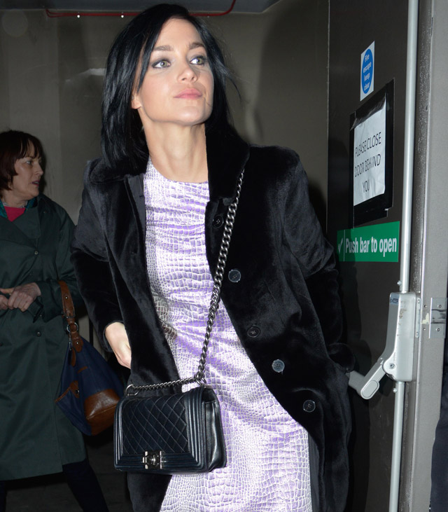 The Many Bags of London Fashion Week Fall 2014 Celebs-11